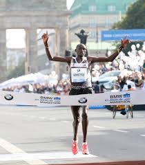 Alla Maratona di  Vienna Dennis Kimetto cerca il riscatto