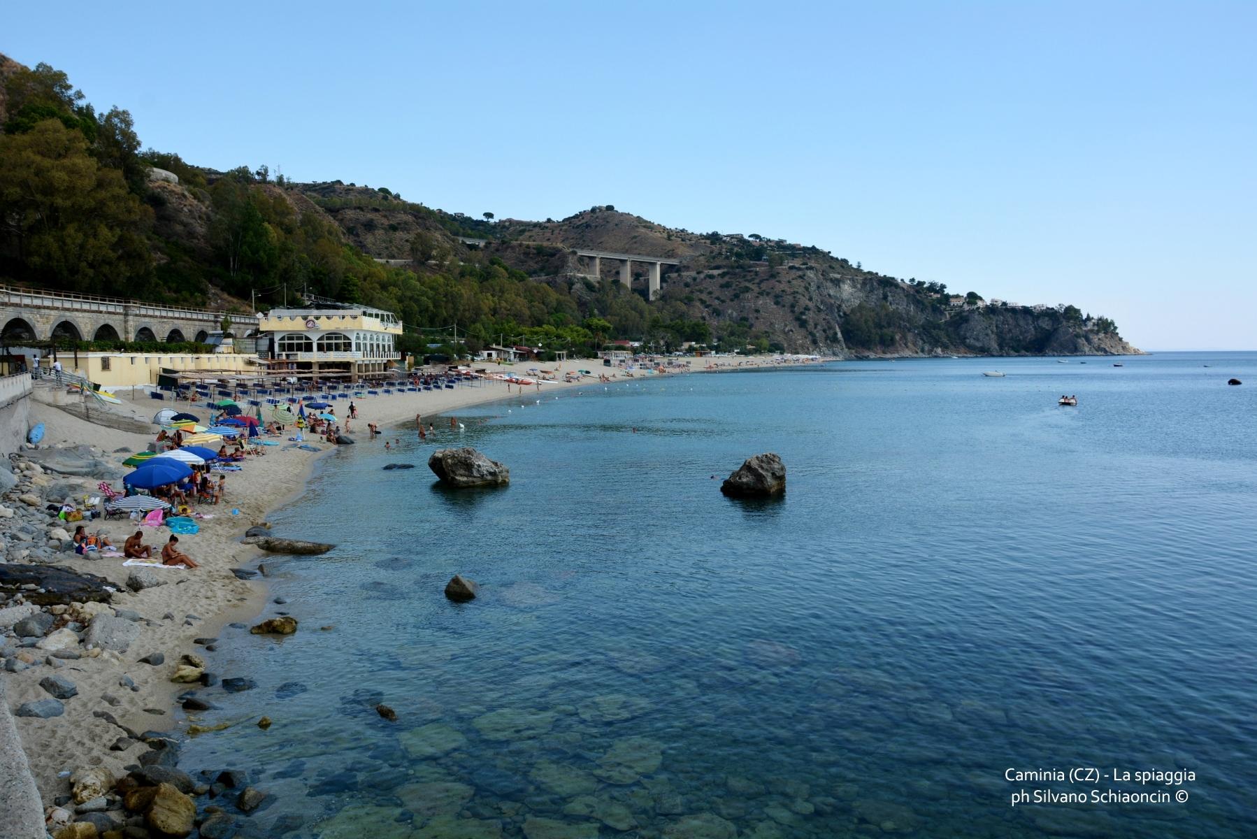 Caminia di Stalettì (CZ): uno scrigno sul mar Ionio.