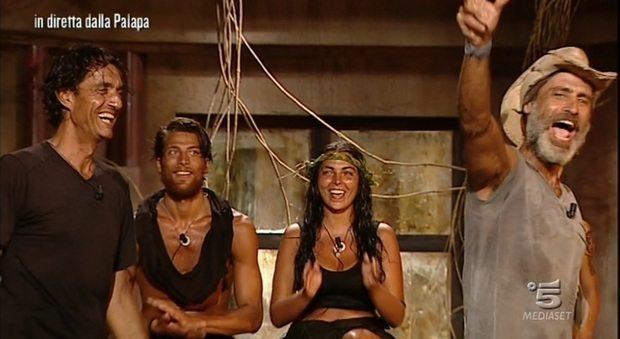 """Isola, Giulio Base eliminato, va al ballottaggio. A Malena il """"bacio di Giuda"""""""
