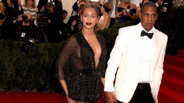 Beyoncé e Jay-Z, in attesa dei gemelli mettono in vendita la villa di Bel Air