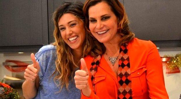 """Belen Rodriguez e Simona Ventura, voci di tensioni da primadonna. Ma fanno """"Selfie"""""""