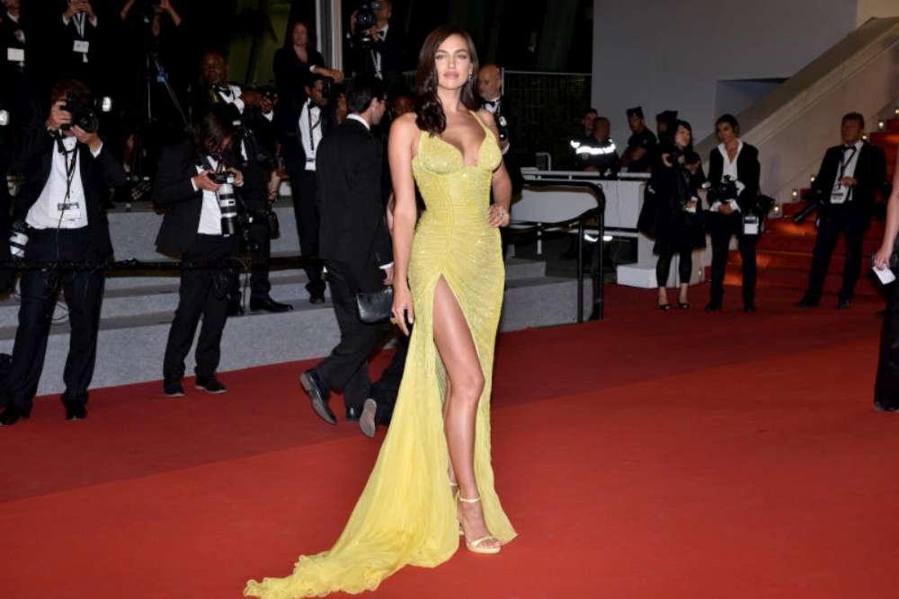 Irina Shayk a Cannes, il primo red carpet post parto