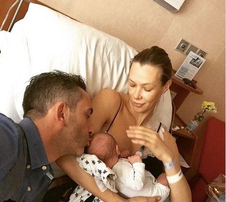 """Matteo Viviani e Ludmilla Radchenko genitori bis, è nato Nikita: """"Farò di te un uomo leale"""""""