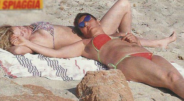 Eva Grimaldi, da naufraga a vacanziera: a Formentera con Imma Battaglia
