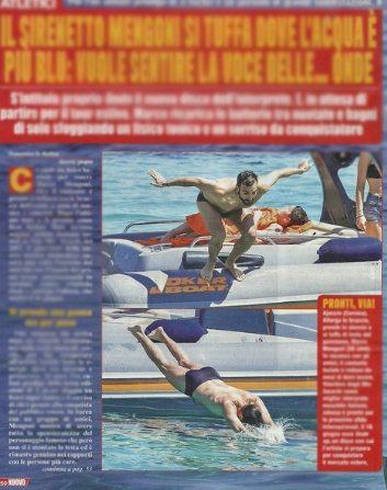 Marco Mengoni al mare in Corsica con alcuni amici