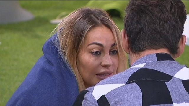 """Grande Fratello Vip, Veronica cerca la pace con Ignazio: """"Ti devi fidare di me"""""""