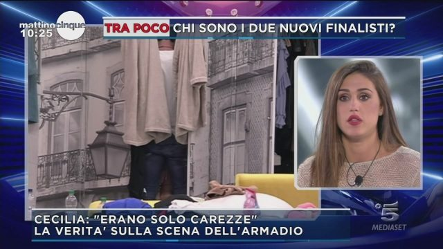 """GFVIP, Cecilia spiega la scena h0t nell'armadio della Casa: """"Erano solo carezze"""""""