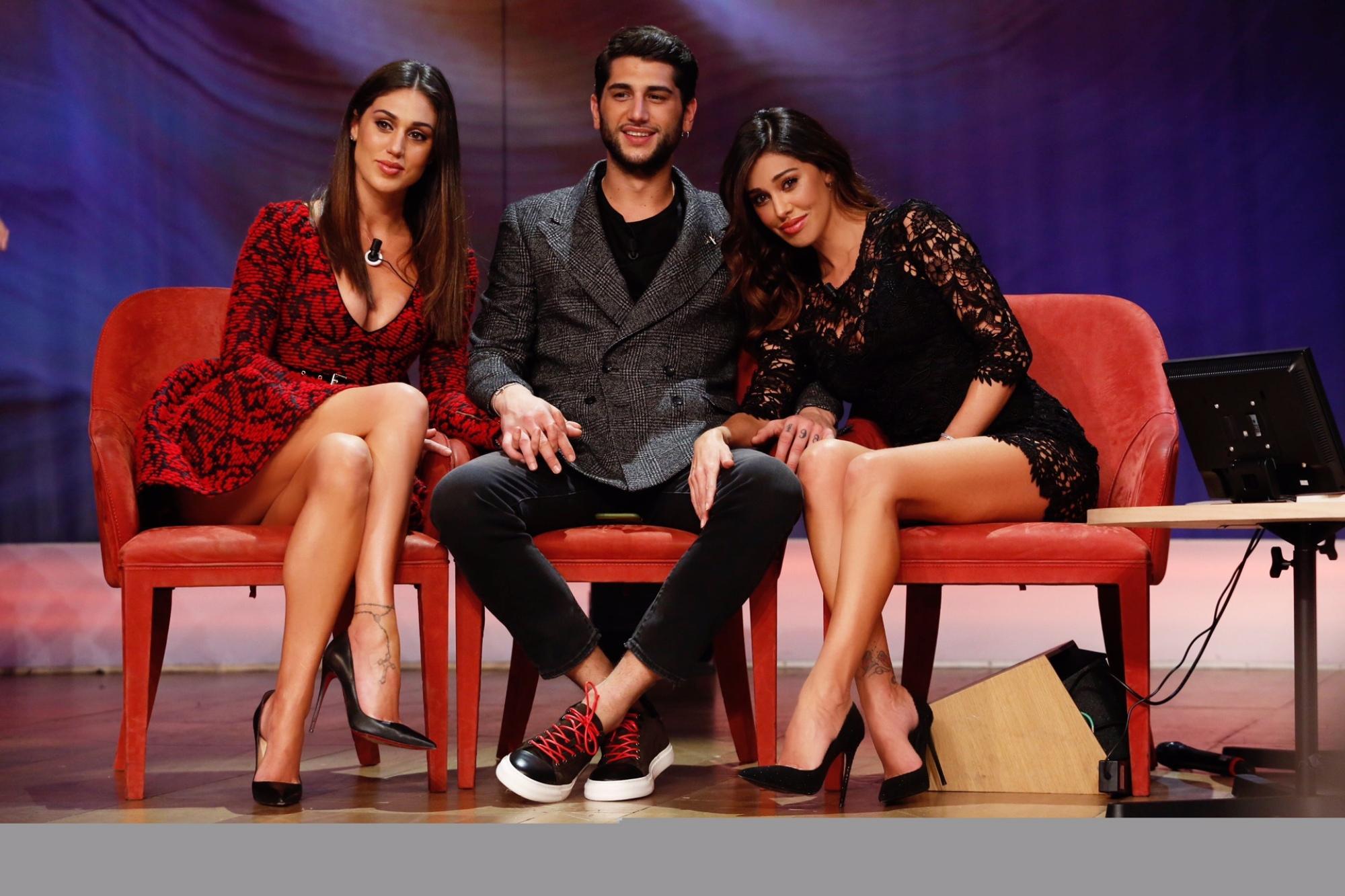 """""""Maurizio Costanzo Show"""" con Belen, Cecilia e Jeremias Rodriguez"""