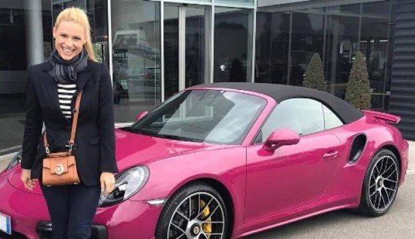 """Michelle Hunziker sulla Porsche """"Barbie"""": """"Infuriata, ecco perché non la userà .."""