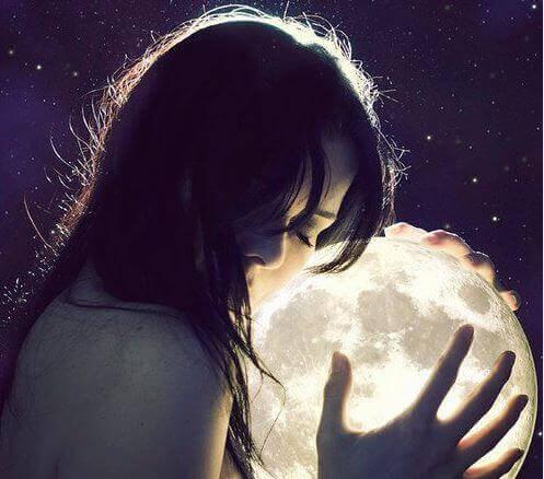 Segui i ritmi della Luna e sarai più bella