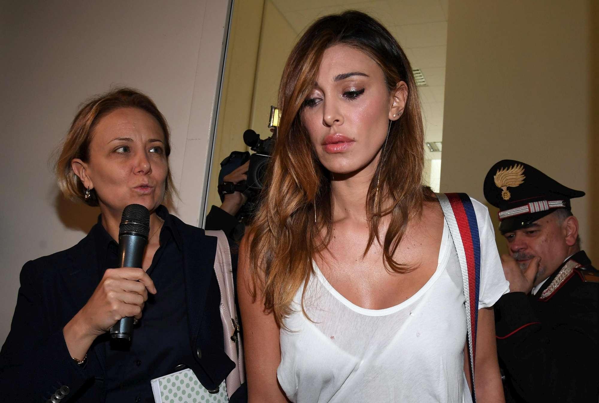 Belen Rodriguez in Tribunale a Milano: deve testimoniare per il processo di Corona