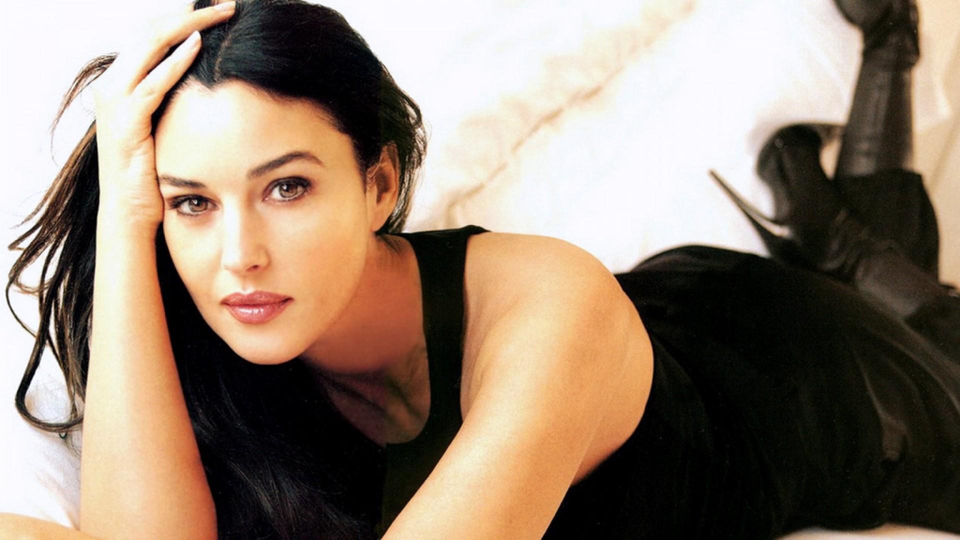 """Cannes, Monica Bellucci: """"Ciò che conta è l'energia, non l'età"""""""