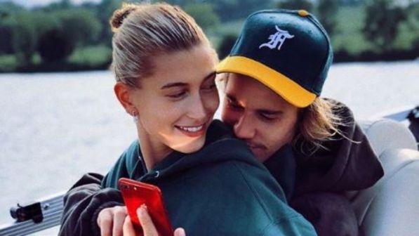 Justin Bieber si è sposato con Hailey Baldwin, due indizi social