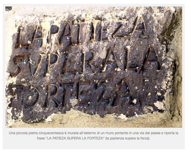 """a Castelluccio: la pietra della """"fortezza"""""""