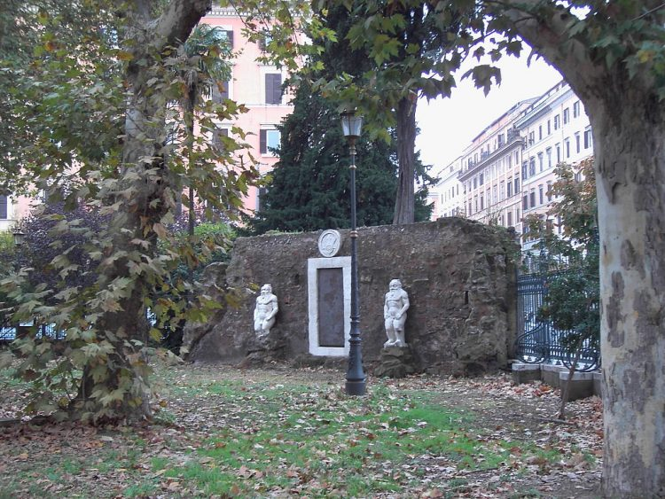 Roma, la porta dei misteri