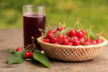 Succo ciliegia, in un bicchiere effetti straordinari