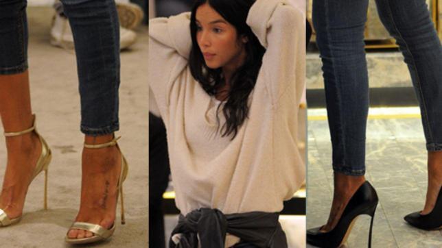 Paola Di Benedetto compra scarpe sexy c09d030b6a9