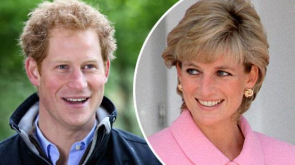 """Il principe Harry e Lady Diana: """"Mia madre un modello. Ha fatto la differenza in tutto"""""""