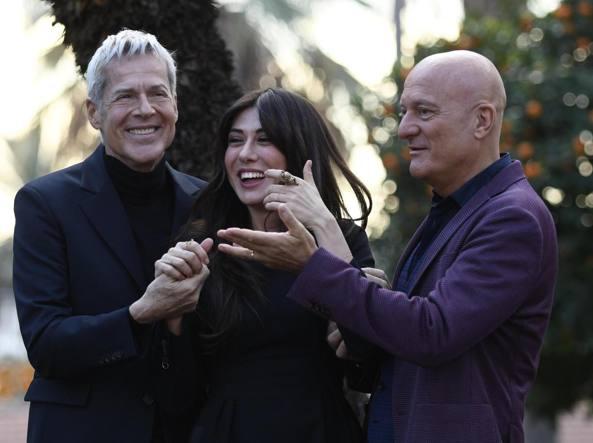 Sanremo 2019, cachet d'oro per i presentatori: 700mila euro per Baglioni, 450 per Bisio, 350 per la Raffaele