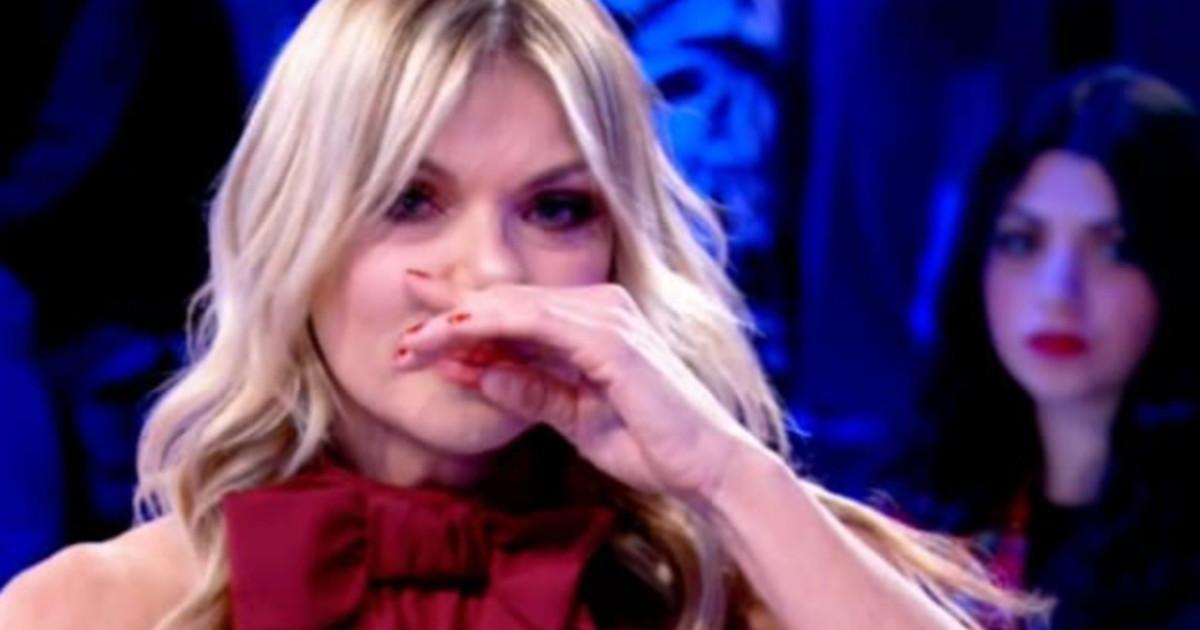 Caterina Balivo, Matilde Brandi scoppia a piangere a Vieni da me: «L'ho accompagnato fino alla fine...»