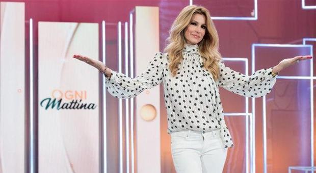Adriana Volpe, accuse dai fan: «E' tutta finzione». Lei replica così