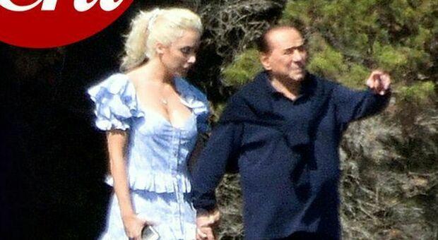 Berlusconi e Marta Fascina, su Chi le prime foto mano nella mano in Sardegna
