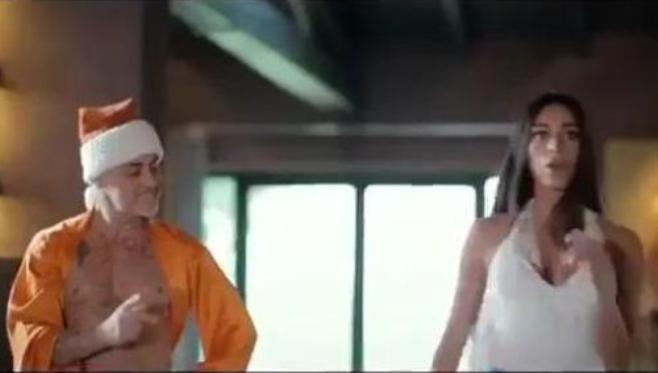Gianluca Vacchi, il balletto diventa pubblicità