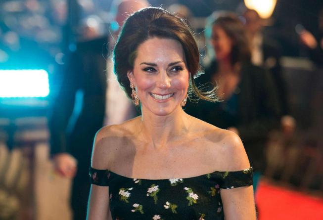 Kate Middleton, spettacolo ai Bafta, la duchessa oscura tutte le dive