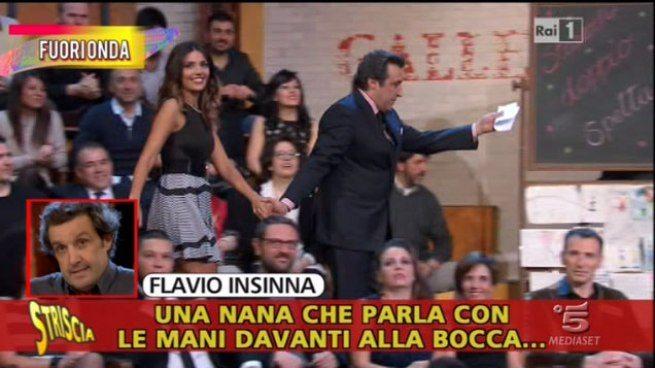 """Flavio Insinna, insulti e parolacce ai concorrenti. Tutto in un fuorionda mandato da """"Striscia"""""""