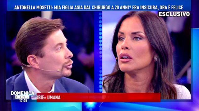Pomeriggio 5, violenta lite tra Antonella Mosetti e Signoretti: volano paroloni e spunta il tradimento