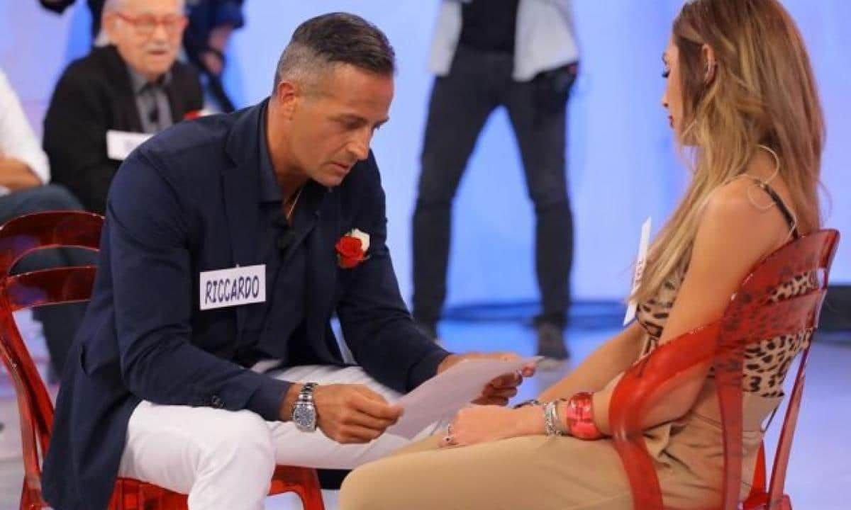 Uomini e donne, Ida Platano e Riccardo Guarnieri dietrofront dopo la crisi: «Siamo tornati insieme»