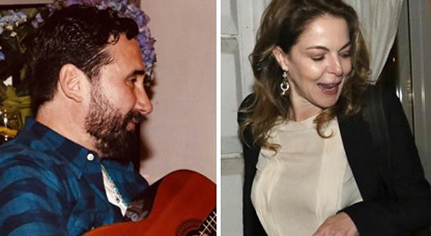 Claudia Gerini e Federico Zampaglione, cena fuori tra amici dopo l'emergenza Covid. E lui canta per lei