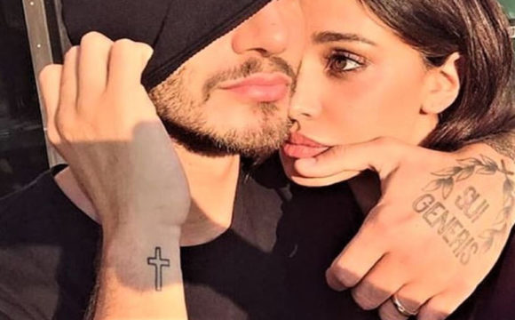 """Belen Rodriguez risponde al post di Stefano de Martino? La luna e il romantico """"Vieni con me?"""""""