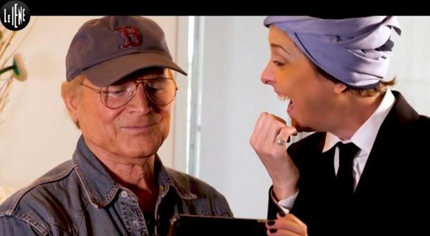 Nadia Toffa in tv col turbante a