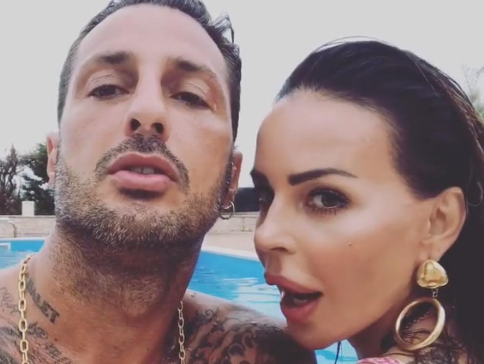 Fabrizio Corona e Nina Moric è di nuovo amore? Ecco l'indizio del tatuaggio