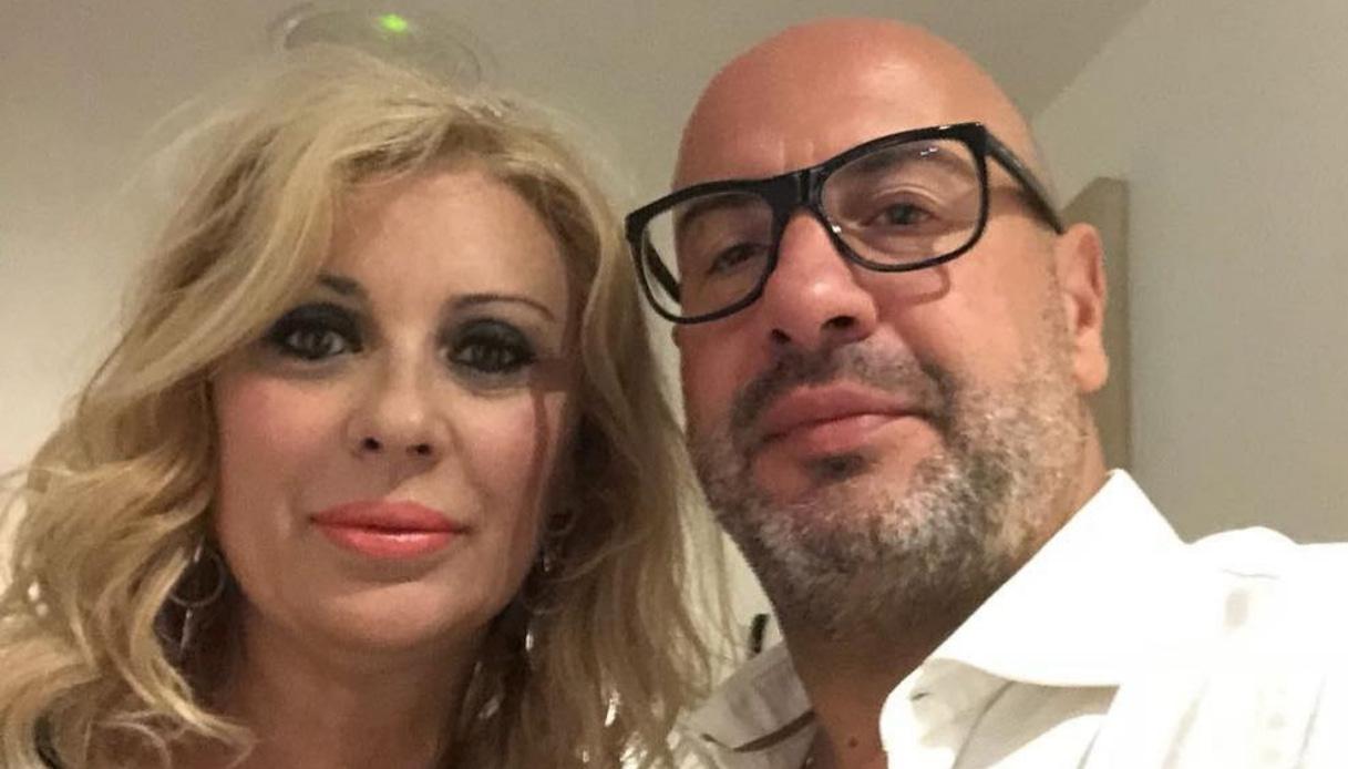 Tina Cipollari allo scoperto: su Instagram la foto con il nuovo fidanzato Vincenzo Ferrara