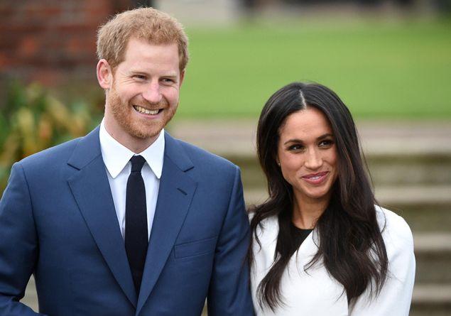 Meghan Markle e il principe Harry, la regina vieta a i suoi ospiti di parlare di loro: il gesto fa discutere
