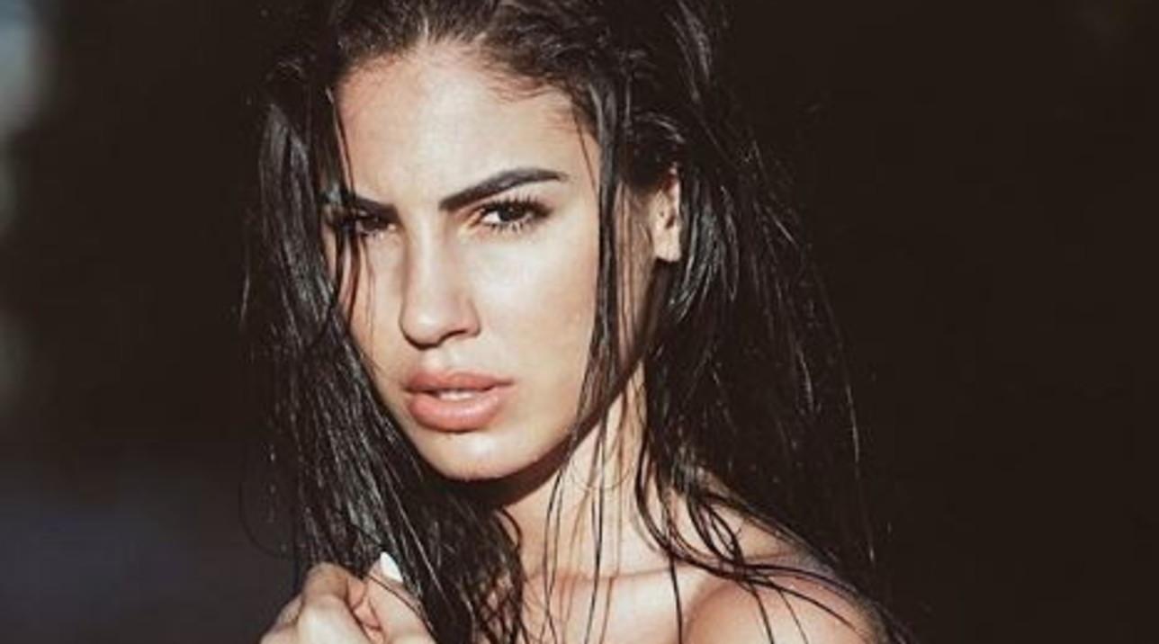 Giulia De Lellis mai così sexy, sfodera il topless su Instagram