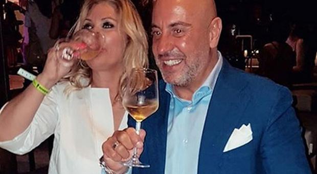 Tina Cipollari, parla il fidanzato Vincenzo Ferrara: «Ma quale crisi, ecco il nostro unico problema»