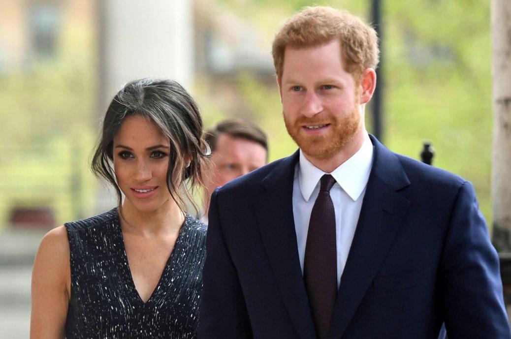 Harry e Meghan, l'addio social alla royal… family