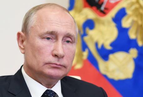 Coronavirus, Putin: «Abbiamo il primo vaccino anti Covid». Test su una delle figlie