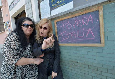 """Maurizia Paradiso choc: """"Costretta a pros* tituirmi. Non prendo più i farmaci per protesta"""""""