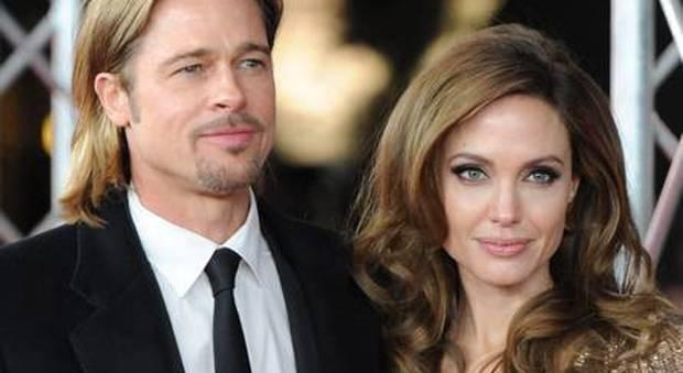 Angelina Jolie a cena col sanguinario Kony per farlo arrestare. Ma il piano-trappola è abortito