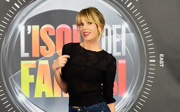 """Isola, ecco i concorrenti: """"Da Alessia Fabiani a Tinì Cansino, passando per i tronisti"""""""