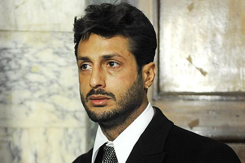 """Fabrizio Corona, malore misterioso in carcere a San Vittore. """"Scortato in ospedale"""""""