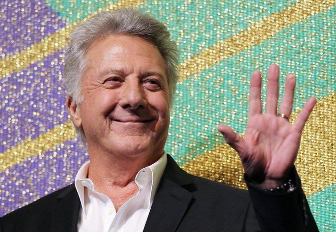Dustin Hoffman accusato di molestie sessuali: palpeggiò una 17enne. L'attore si scusa