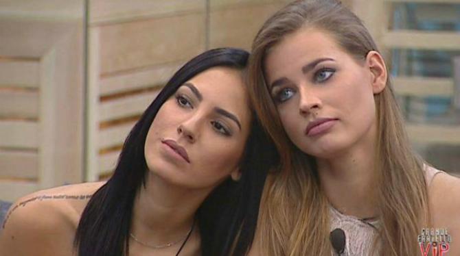 Lite tra Giulia De Lellis e Ivana Mrazova? Ecco l'indizio che preoccupa i fan...