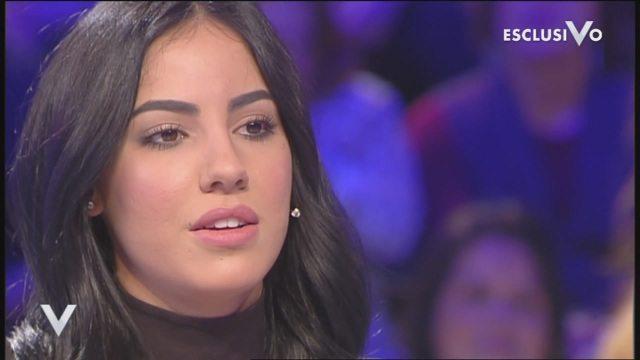 "Verissimo, Giulia De Lellis: ""Gaffe sui gay? Mi sono espressa male"""