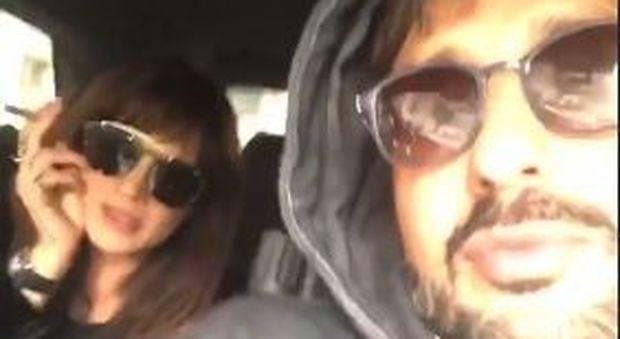 Asia Argento e Fabrizio Corona in giro per Milano: «Sembriamo Madonna e Sean Penn»