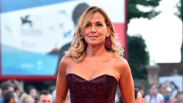 Barbara D'Urso confessa a Pomeriggio Cinque: «Sono anni che non ho una vita sessuale»